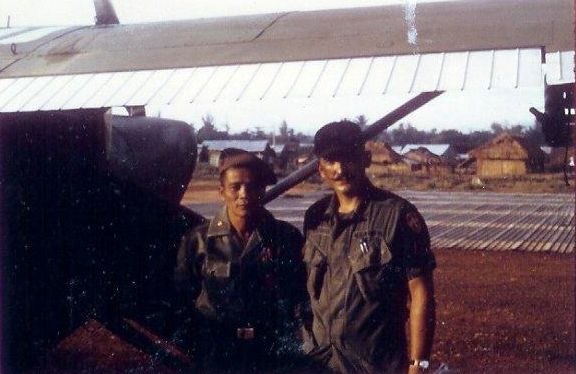 MACV Advisor and ARVN observer at Hoi An